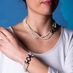Collier 3 rangs de véritables perles de culture blanches