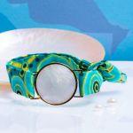 Bracelet médaille de nacre et son ruban à nouer - Cap-Vert