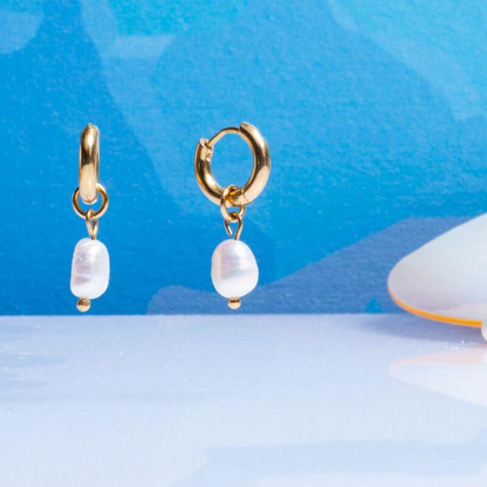 Boucles d'oreilles petites créoles et perle de culture en goutte très baroque