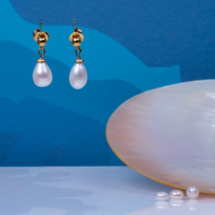 Boucles d'oreilles dormeuses perles de culture blanches en goutte