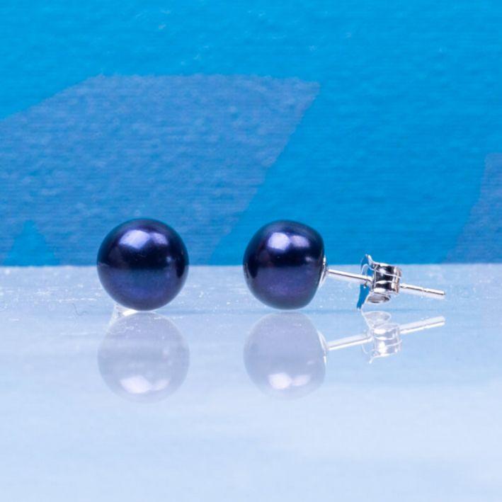 Boucles d'oreilles puces perles de culture noires sur argent massif