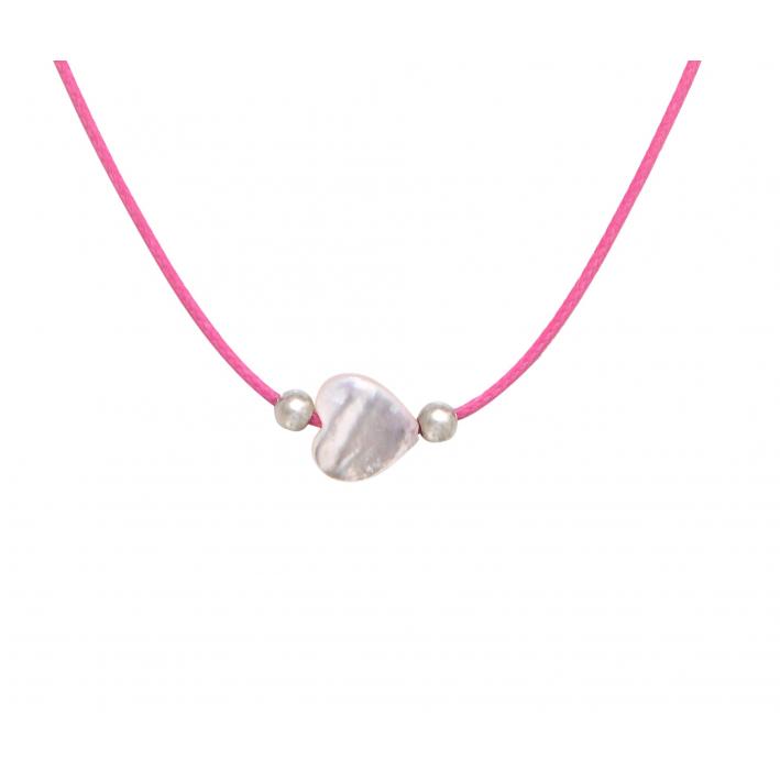 Collier coeur en nacre d'eau de mer cordon rose