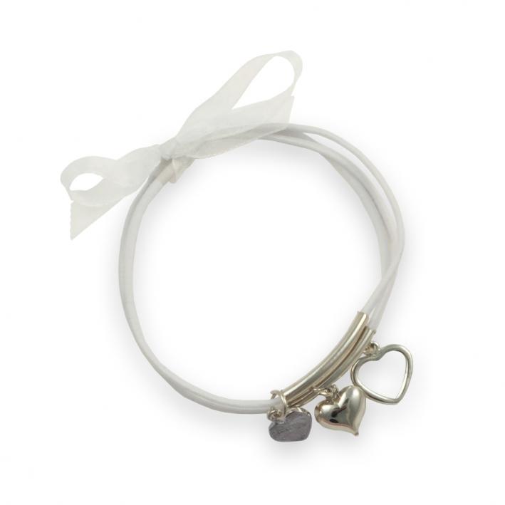 Bracelet trois rangs élastique blanc breloques cœoeur