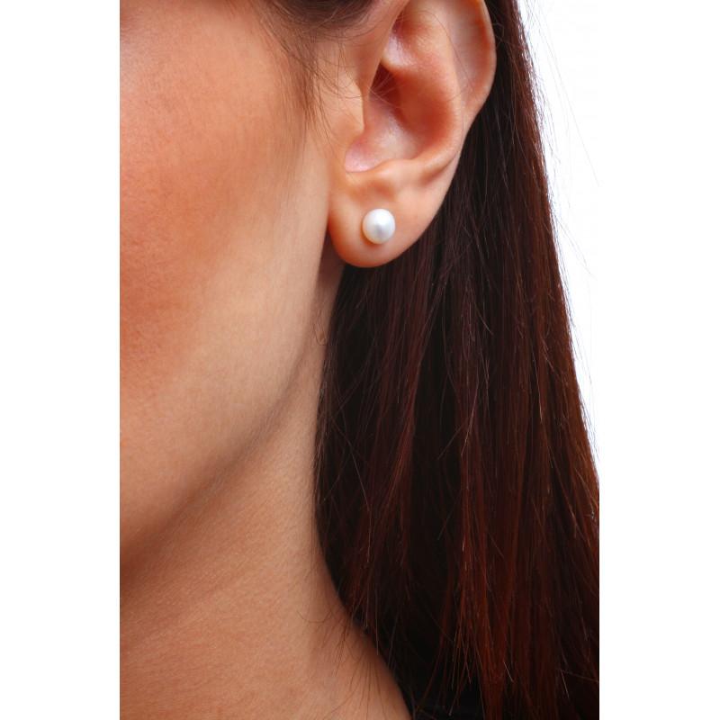 boucles d 39 oreilles puces une perle de culture naturelle blanche petite. Black Bedroom Furniture Sets. Home Design Ideas