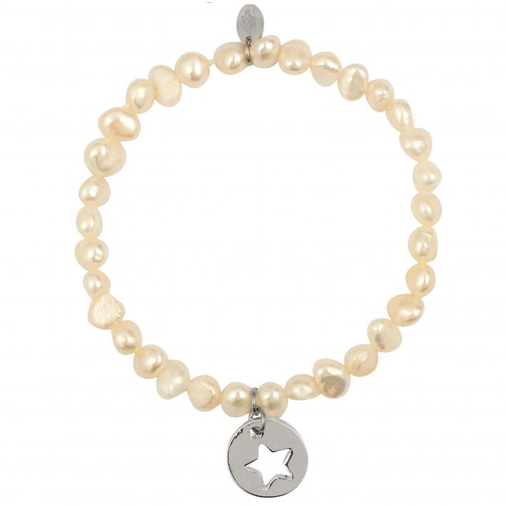 Bracelet perles de cultures et breloque étoile argentée
