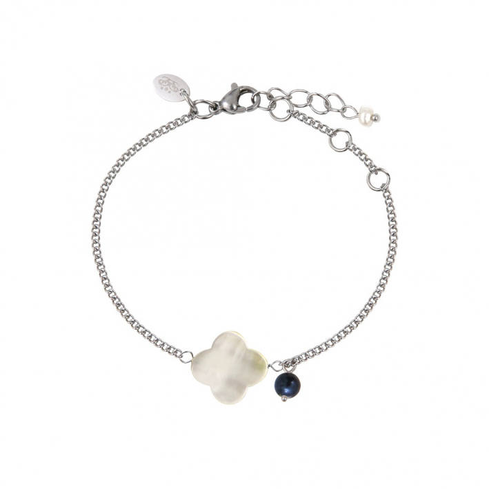 Bracelet trèfle de nacre naturelle blache et breloque perle noire