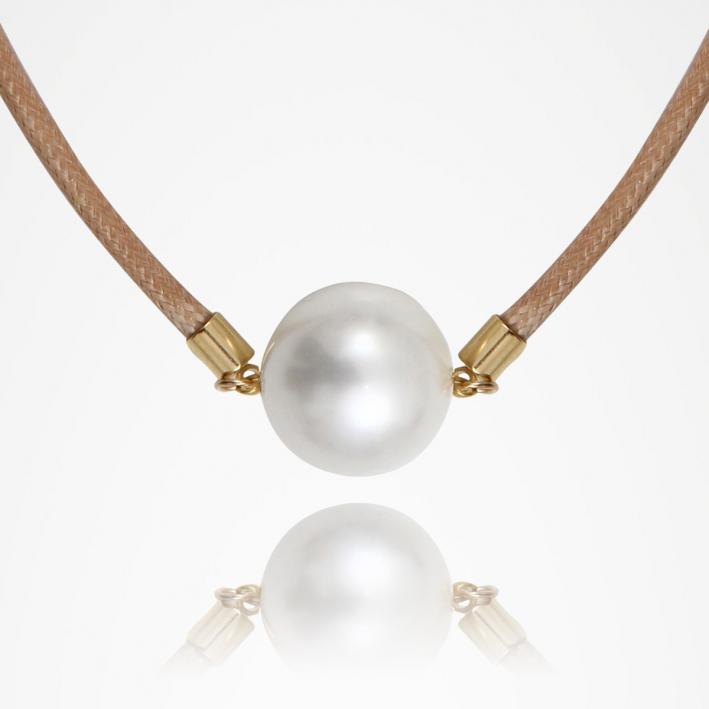 Boucles d'oreilles harmonie d'étoiles de nacre et de perles de culture