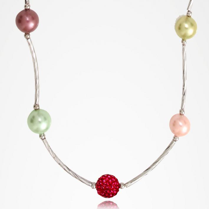 Boucles d'oreilles tubes argentés harmonie de perles de cristal et de perles de nacre