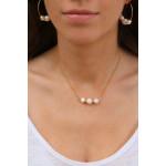 Collier 3 perles de culture blanches entourées d'anneaux dorés