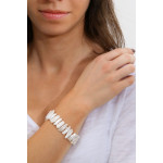 Bracelet Perles rares blanche forme Biwa