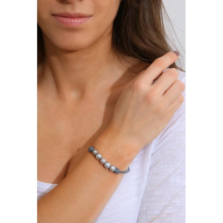 Bracelet médaille nacre étoile gravée sur ruban bleu