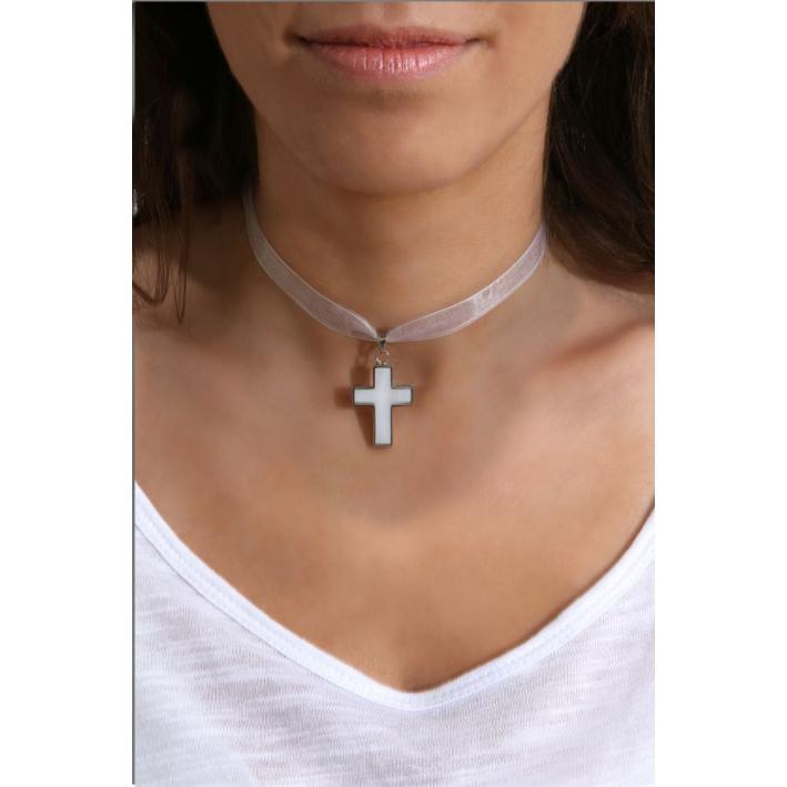 Collier pendentif Croix de nacre naturelle sertie sur ruban