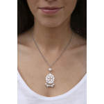 Pendentif filigrane de nacre dentellée avec pampilles perles de culture et perles shamballas