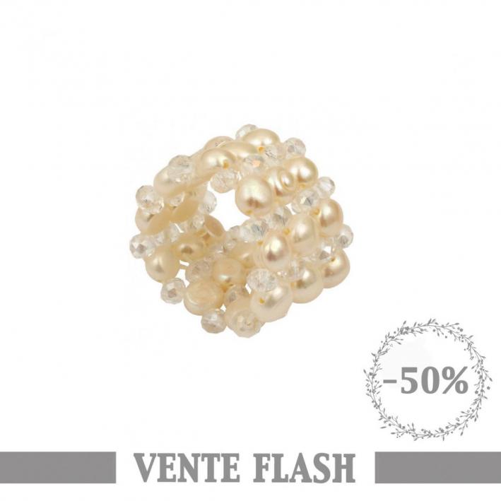 Bague élastique perles de culture et cristal. Blanche