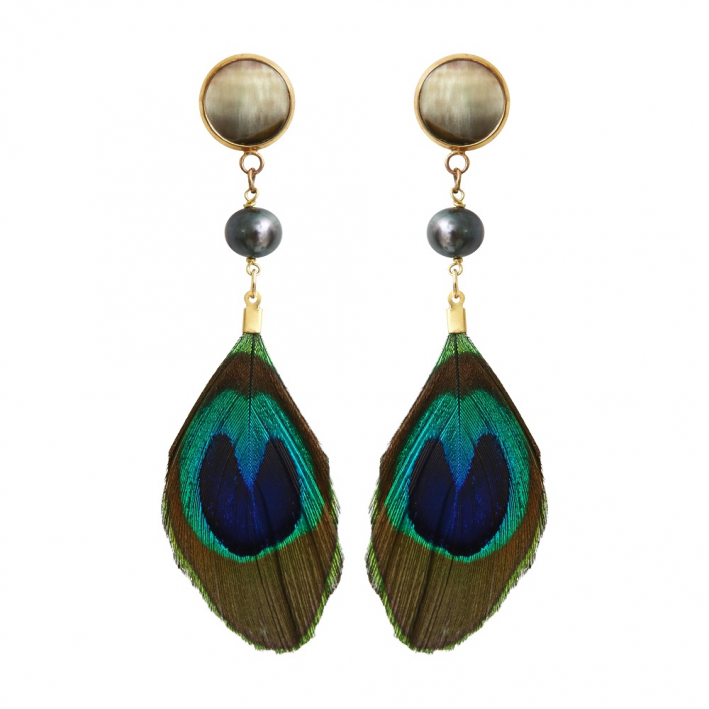 Boucles d'oreilles clip plume de paon et perle de culture noire