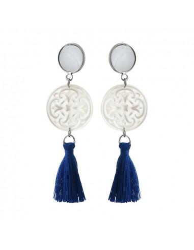 Boucles d'oreilles clip filigranée en nacre et pompon bleu