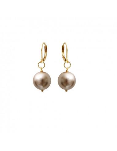 Boucles d'oreilles dormeuses perles de nacre dorée