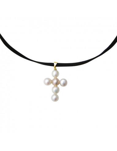 Pendentif Croix latine en perles de culture blanches
