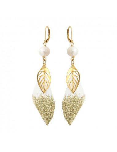 Boucles d'oreilles plume blanche pailletée dorée et breloque dorée