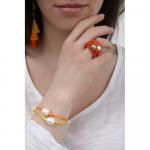 Bague multi rangs élastique orange et duo de perles de nacre blanche et dorée
