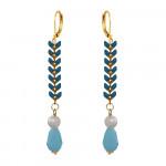 Boucles d'oreilles longues lauriers bleus et perles blanches