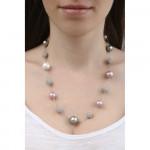 Collier perles de nacre et shamballas en déclinaison de rose et d'argentés