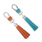 Porte clés cuir et pompon turquoise