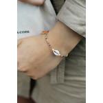 Bracelet perles de rocailles multicolores pompon et coquillage Kori