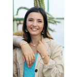 Bracelet perles de rocailles turquoises pompon et coquillage Kori