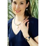 Collier perle disque rond de nacre blanche sur cuir bleu marine