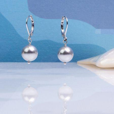 Boucles d'oreilles dormeuses perles de nacre argentée