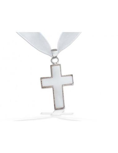 Pendentif en nacre Croix sertie blanc