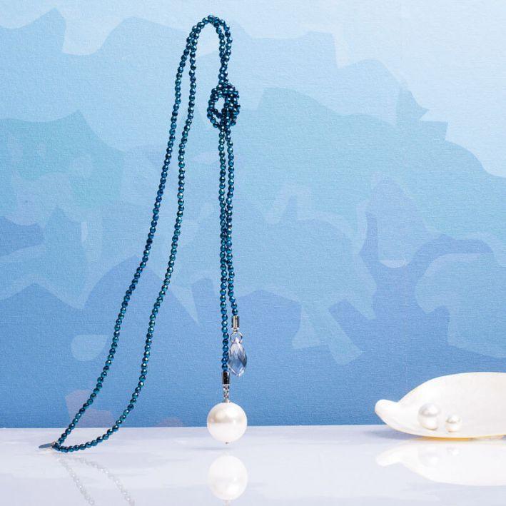 Sautoir hématite bleu et perle de nacre et cristal en breloque