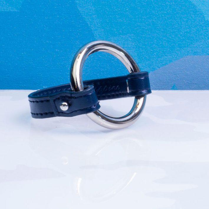 Bracelet cuir bleu et anneau acier doré