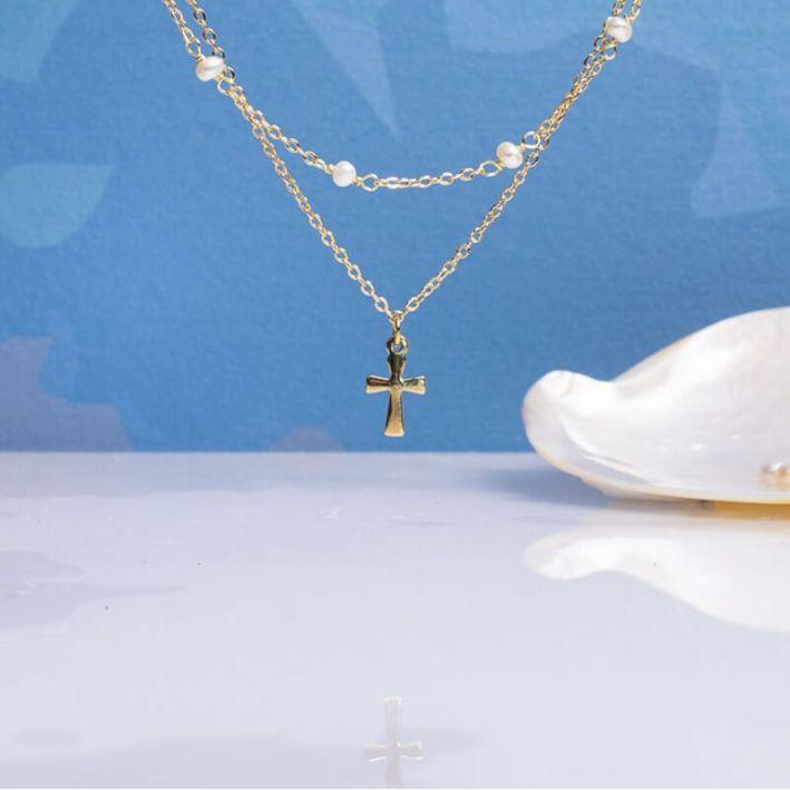 Collier double-rangs croix latine et perles de culture