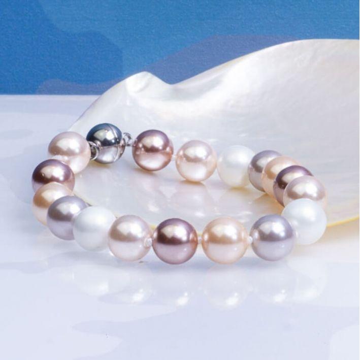 Bracelet un rang perles de nacre camaïeu de roses