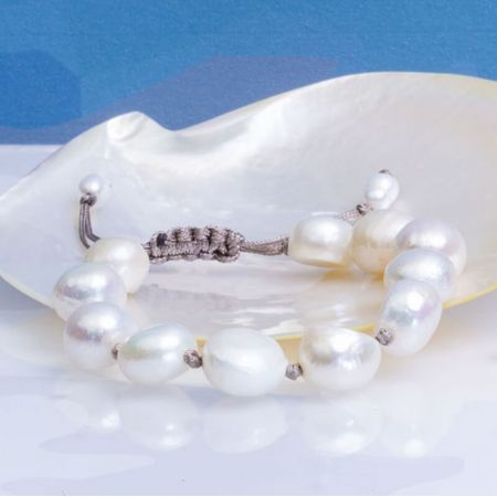 Bracelet coulissant grandes perles baroques blanches