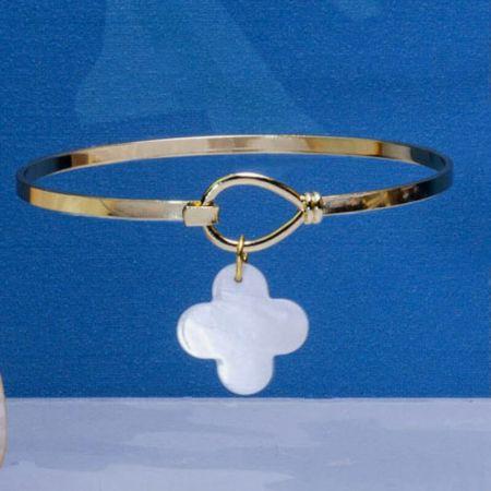 Bracelet jonc et pampille trèfle de nacre