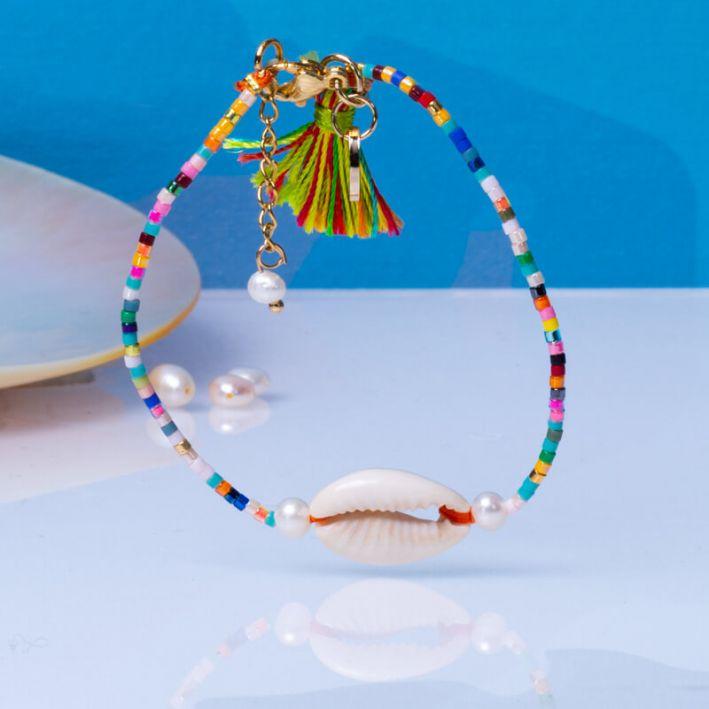 Bracelet perles de rocailles multicolores pompon et Kori